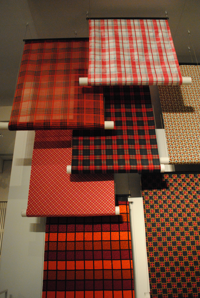 checked-fabric-fashion-museum-antwerp