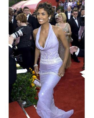 Halle Berry at the Academy Awards of 2001.