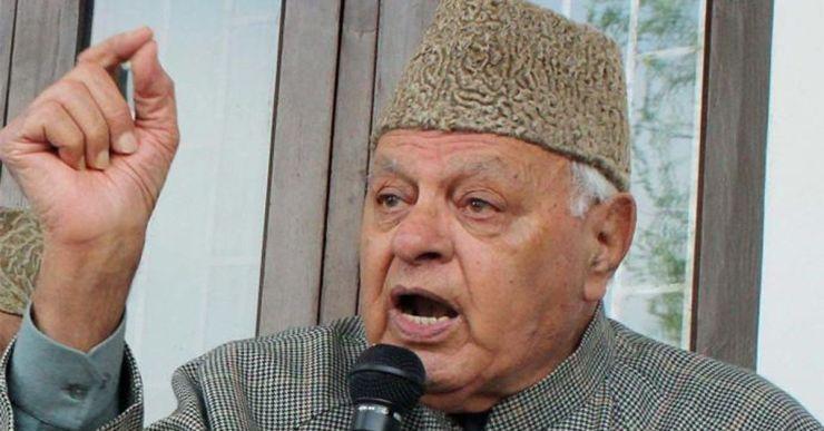 The politician Farooq Abdullah wearing an Indian Karakul hat.